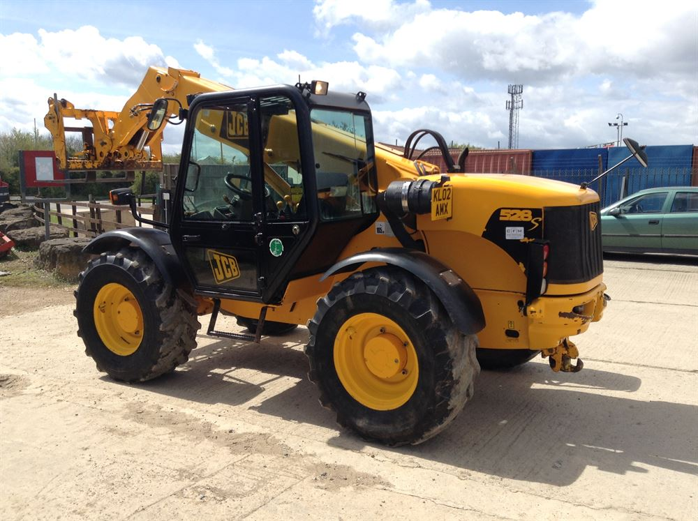 how to change speeds in a jcb loadall